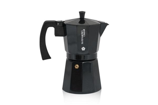Кофеварка гейзерная Hatamoto, цвет: черный, на 9 кружекBLK-9CUPГейзерная кофеварка Hatamoto позволит вам приготовить ароматный напиток на 6 персон. Корпус кофеварки изготовлен из высококачественного литого алюминия. Кофеварка состоит из двух соединенных между собой емкостей и снабжена алюминиевым фильтром-перколятором, который сохраняет аромат кофе. Удобная ручка выполнена из прочного бакелита. Данная модель предельно проста в использовании, в ней отсутствуют подвижные части и нагревательные элементы, поэтому в ней нечему ломаться. Гейзерные кофеварки являются самыми популярными в мире и позволяют приготовить ароматный кофе за считанные минуты. Основной принцип действия гейзерной кофеварки состоит в том, что напиток заваривается путем прохождения горячей воды через слой молотого кофе. В нижнюю часть гейзерной кофеварки заливается вода, в промежуточную часть засыпается молотый кофе, кофеварка ставится на огонь или электрическую плиту. Закипая, вода начинает испаряться и превращается в пар. Избыточное давление пара в нижней части...