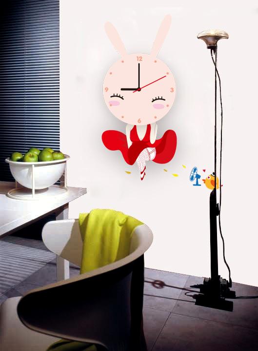 Настенные декоративные часы-стикеры Perfecto Зайка. GLM-T009GLM-T009Настенные декоративные часы-стикеры Зайка добавят в интерьер вашего дома оригинальности. Часы представляют собой стикер, выполненный из винила - тонкого эластичного материала, который хорошо прилегает к любым гладким и чистым поверхностям, легко моется и долго держится, после удаления не оставляет следов. Циферблат выполнен из плотного картона и имеет три стрелки - часовую, минутную и секундную, клеится к поверхности также при помощи стикера. Такие часы станут интересным дизайнерским решением не только спальни, гостиной или детской, но также и офиса.