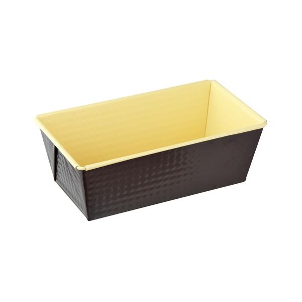 Форма для выпечки кекса Zenker Choco-Vanila, 20 см х 11 см7303Форма для выпечки кекса Zenker Choco-Vanila выполнена из углеродистой стали с антипригарным покрытием Ilag Ilaflon. Прямоугольная форма очень глубокая, что удобно для выпечки кексов. Блюда не пригорают и не прилипают к стенкам. Внутренние и внешние стенки формы рельефные, что придает выпечке аппетитный внешний вид. С формой для выпечки Zenker Choco-Vanila готовить любимые блюда станет еще проще. Перед первым применением форму вымыть и смазать маслом. Максимальная температура нагрева 180°С. Не резать форму ножом. Характеристики: Материал: углеродистая сталь. Размер формы: 20 см х 11 см. Высота стенки: 7 см. Цвет: ванильный, шоколадный. Артикул: 7303.