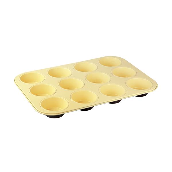 Форма для выпечки кексов Zenker Choco-Vanila, 12 ячеек, 38 х 26 см7307Форма для выпечки Zenker Choco-Vanila выполнена из углеродистой стали с антипригарным покрытием Ilag Ilaflon. Форма имеет 12 круглых ячеек для выпечки кексов. Выпечка не пригорает и не прилипает к стенкам. Такая форма значительно экономит время по сравнению с аналогичными формами для выпечки. С формой для выпечки кексов Zenker Choco-Vanila готовить любимые блюда станет еще проще. Перед первым применением форму вымыть и смазать маслом. Максимальная температура нагрева 180°С. Не резать форму ножом. Характеристики: Материал: углеродистая сталь. Размер формы: 38 см х 26 см. Высота стенки: 3 см. Количество ячеек: 12 шт. Диаметр ячейки: 7 см. Цвет: ваниль, шоколад. Артикул: 7307.