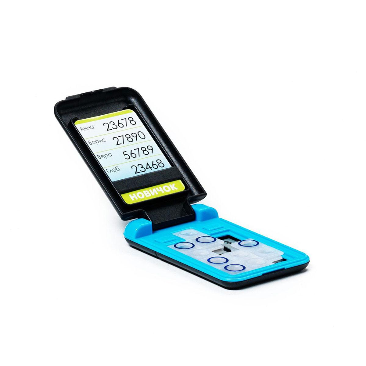 Bondibon Игра Смартфон цвет голубойВВ0843Самый доступный и совершенно безопасный, яркий и модный персональный смартфон, не требующий подзарядки и обновления программного обеспечения принесет удовольствие как ребенку, так и взрослому. Кому позвоним по новому смартфону? Компактный продуманный дизайн позволит не отвлекаться от игры даже в стесненных дорожных условиях. Карточка с заданиями помещается во внутреннее отделение дисплея «смартфона». Кнопки на клавиатуре игры необходимо перемещать таким образом, чтобы все цифры из задания стали видны сквозь отверстия на кнопках. Игрушка с заданиями от простых - для семилетних малышей, до сложных - для опытных любителей логических головоломок. Увлекательная игра скрасит время вынужденного ожидания и длительного путешествия. Характеристики: Материал: пластик. Количество игроков: от 1. Размер упаковки: 25 см х 11,9 см х 7 см. Изготовитель: Китай.