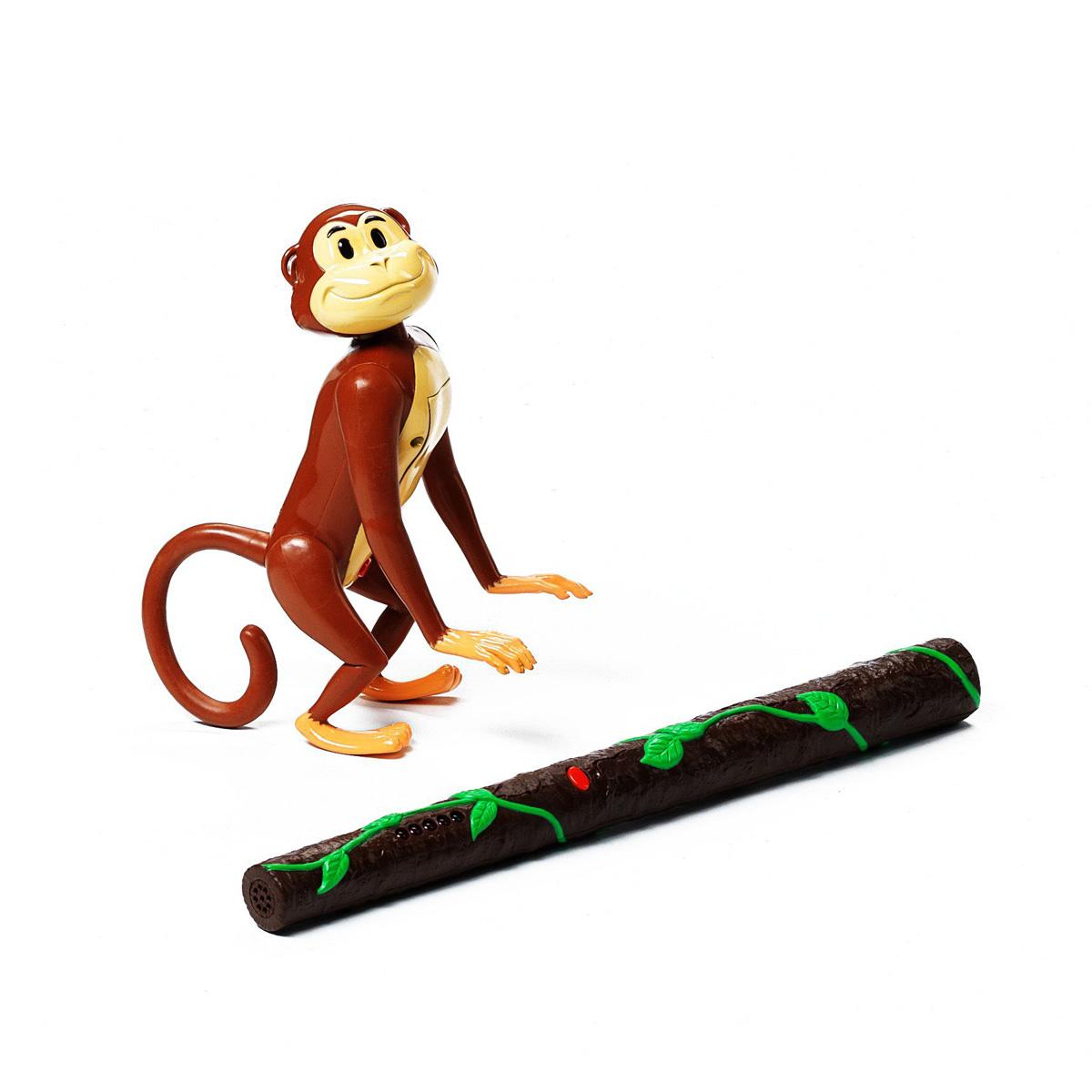 Игра Сафари. Спрячь и найди!ВВ0967Как думаете, легко ли найти маленькую обезьянку в непроходимых тропических джунглях? А в недрах целой комнаты? Известно, что в прятки надо играть как минимум вдвоем, но для нашей игры в Сафари Прятки ведущему достаточно будет только спрятать в укромном месте маленькую озорную обезьянку. А основной игрок, с компанией или в одиночку, отправится в сафари по комнате в поисках пропажи. А поможет ему выследить обезьянку необычная волшебная палочка. Когда игрок будет подходить близко к тайному месту, то палочка будет издавать специальный звук, и на ней будут загораться индикатор. А если обезьянка окажется совсем рядом, то загорится зеленая лампочка и сигнал станет совсем сильным. Только торопитесь, обезьянку можно найти только в течение 20 минут после начала игры! Не правда ли, похоже на детскую забаву холодно-горячо?