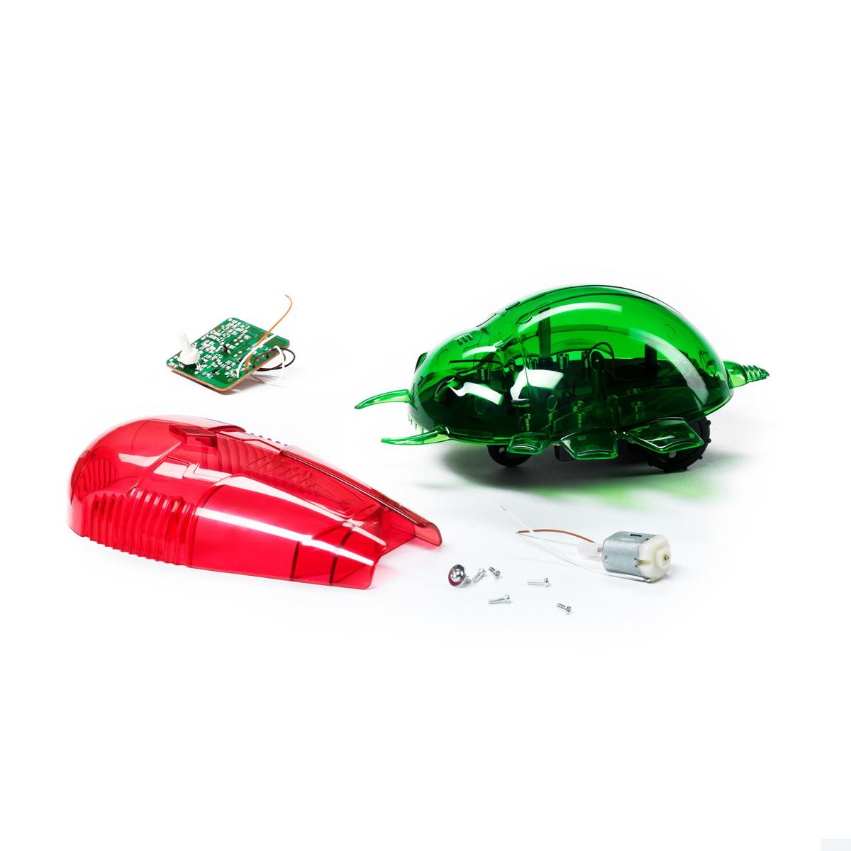 Научно-познавательный набор Bondibon РобототехникаВВ0992Удивить друзей, управляя жуком-роботом при помощи пульта от телевизора или обычного фонарика? О таком ваш малыш даже не мечтал! С научно-познавательным набором «Робототехника» он подчинит себе сразу двух роботов, способных выполнять различные команды. Например, вовремя будить. Для управления ими достаточно пульта от телевизора или плеера, а также естественного света. Фонарик тоже подойдет. Набор помогает ребенку познать основы робототехники и узнать о том, что такое инфракрасный и световой сенсоры. Роботы управляются дистанционно на расстоянии до двух метров. О том, как и почему это происходит, рассказывает яркая понятная брошюра.