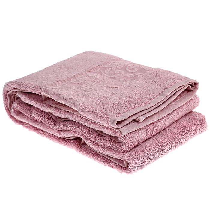 Полотенце махровое Ravenna, цвет: Pink (розовый), 90 см х 150 смRavenna PinkМахровое полотенце Ravenna, изготовленное из хлопка и бамбука, подарит массу положительных эмоций и приятных ощущений. Полотенца из бамбука только издали похожи на обычные. На самом деле, при первом же прикосновении вы ощутите невероятную мягкость и шелковистость. Таким полотенцем не нужно вытираться - только коснитесь кожи - и ткань сама все впитает! Несмотря на богатую плотность и высокую петлю полотенца, оно быстро сохнет, остается легким даже при намокании. Полотенце оформлено красивым жаккардовым бордюром, выполненным с орнаментом в цвет полотенца. Благородный тон создает уют и подчеркивает лучшие качества махровой ткани. Махровое полотенце Ravenna станет достойным выбором для вас и приятным подарком для ваших близких. Полотенце упаковано в подарочную коробку с прозрачным окошком.