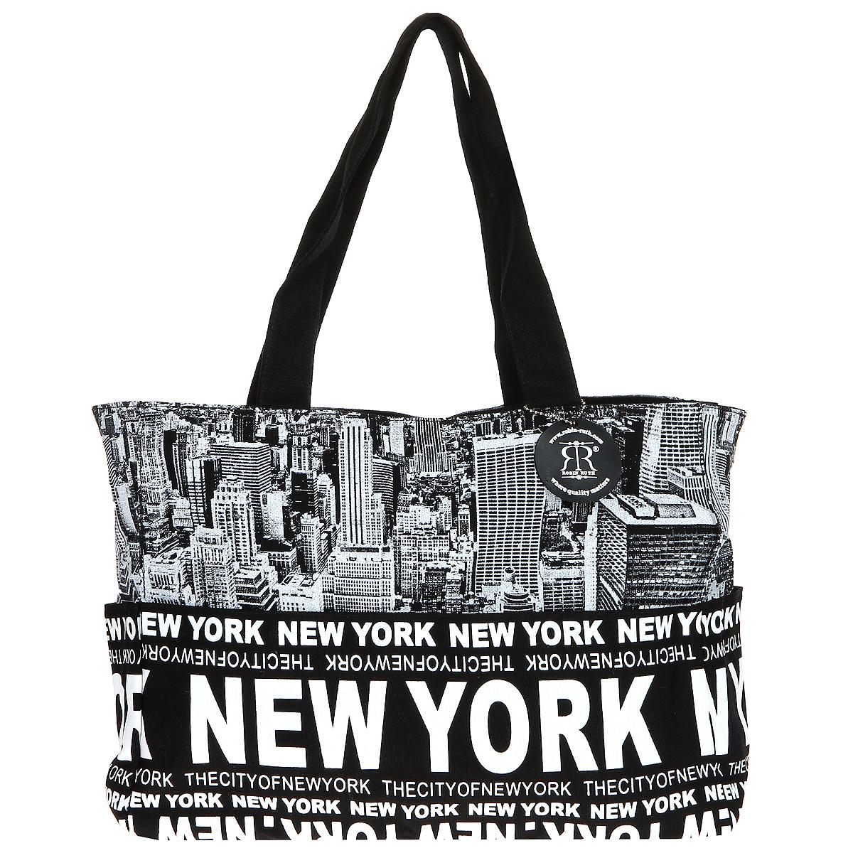 Сумка женская Robin Ruth New York, цвет: черный, белый. BNY014-YBNY014-YСтильная женская сумка выполнена из канвы черного, белого цветов и оформлена принтом в виде надписей New York. Сумка состоит из одного основного отделения, которое закрывается на молнию. Внутри вшитый карман на молнии и накладной кармашек для мобильного телефона. Такая сумка идеально дополнит ваш образ. Характеристики: Цвет: черный, белый. Материал: канва, металл. Размер сумки (без учета ручки): 47 см х 29 см х 13 см. Высота ручек: 26 см. Изготовитель: Китай. Артикул: BNY014-Y.