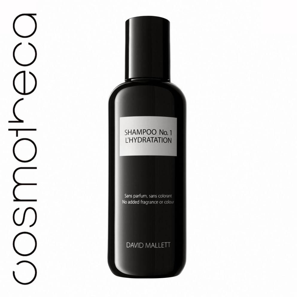 David Mallett Шампунь для волос, увлажняющий, 250 млDMSHA01Шампунь, разработанный для всех типов волос, в частности, для волос, которые были пересушены, испытывают усталость от постоянных процедур и укладок, или часто сушатся феном. В составе только чистые пенящиеся вещества, не содержит агрессивных химических веществ, которые могли бы вызвать раздражение у чувствительной кожи. Шампунь подготавливает волосы к глубокому проникновению жидкости в их структуру, раскрывая волосяные кутикулы. Активный ингредиент - очищенное масло ореха макадамия. Шампунь David Mallett сделает ваши волосы чистыми и насыщенными энергией. Характеристики: Объем: 250 мл. Артикул: DMSHA01. Производитель: Франция. Товар сертифицирован.