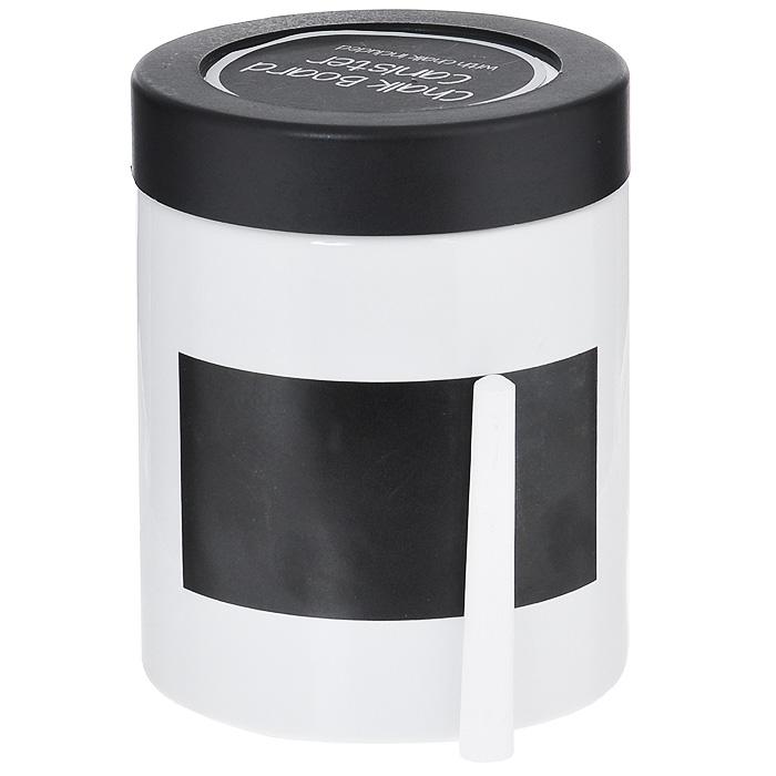 Банка для хранения Premier Housewares, с мелом, высота 13 см0722Банка Premier Housewares выполнена из высококачественной керамики белого цвета. В ней будет удобно хранить разнообразные сыпучие продукты, такие как муку, сахар, соль, макароны или крупы. Банка надежно закрывается черной пластиковой крышкой со стеклянным окошком, позволяющим увидеть, что и в каком количестве находится внутри. Края банки снабжены пластиковым уплотнителем с резьбой для закручивания крышки. На стенке банки имеется специальное черное поле для нанесения записей мелом (входит в комплект). Таким образом, вы сможете отмечать, что находится в банке. Оригинальная банка Premier Housewares станет незаменимым помощником на кухне.