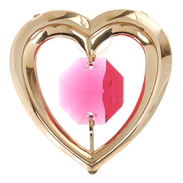 Фигурка декоративная Сердце, на присоске, цвет: золотистый, розовый. 6707867078Притягательный блеск и невероятная утонченность декоративной фигурки Сердце великолепно дополнят интерьер и, несомненно, не останутся без внимания. Фигурка выполнена из металла с блестящим золотистым покрытием в виде сердечка на присоске, украшенного крупным кристаллом Swarovski. Декоративная фигурка Сердце послужит прекрасным подарком ценителю изысканных и элегантных вещиц. Характеристики: Материал: металл, кристаллы Swarovski. Размер фигурки: 3 см х 0,5 см х 3,5 см. Цвет: золотистый, розовый. Артикул: 67078.