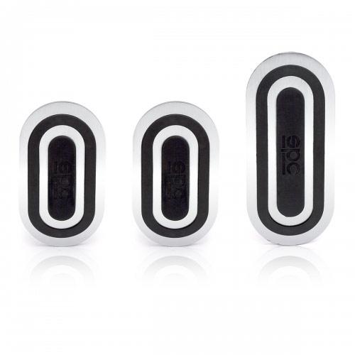 Накладки на педали Sparco Urban, алюминиевые, цвет: серебристый, черный, 3 шт, 1/30SPC/PD-URB AL/BK (3)Комплект накладок Sparco Urban на педали, выполненных в спортивном дизайне, придает интерьеру автомобиля динамичные и оригинальные черты. В качестве материалов изделий используются алюминий и резина различных цветов, из которой сделаны противоскользящие вставки. Комплект совместим с большинством автомобилей, оснащенных механической трансмиссией, за исключением отдельных моделей Mercedes-Benz, BMW и Mini. Накладки устанавливаются на штатные педали автомобиля, которые при этом, как правило, необходимо просверлить. Для монтажа накладок к комплекту прилагаются необходимые крепежные элементы и инструкция по установке. Характеристики: Материал: алюминий, резина. Цвет: серебристый, черный. Комплектация: 3 шт. Размеры накладок на педаль тормоза и сцепления: 78,3 х 55 мм. Размеры накладки на педаль акселератора: 114 х 55 мм. Размер упаковки: 31 см х 15 см х 12 см. Артикул: SPC/PD-URB AL/BK (3).