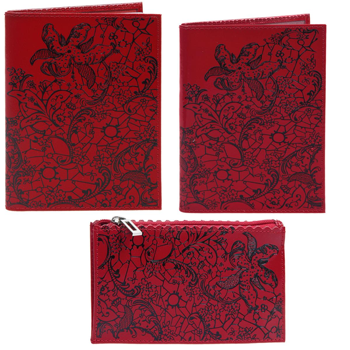 Комплект кожгалантереи Befler: обложка для паспорта, ключница, бумажник водителя, цвет: красный, 3 предметаBV.38.re/KL.25.re/O.32.reКомплект кожгалантереи Befler состоит из обложки для паспорта, ключницы и бумажника водителя. Изделия изготовлены из натуральной кожи красного цвета с изысканным тиснением в виде цветочных узоров. Ключница прямоугольной формы закрывается на застежку-молнию, внутри содержится металлическое кольцо для ключей. Внутри обложки для паспорта имеется два прозрачных пластиковых кармашка с прорезями. Бумажник водителя содержит блок из шести прозрачных пластиковых файлов. Изящные изделия идеально дополнят ваш образ и станут чудесным подарком к любому случаю. Характеристики: Материал: натуральная кожа, металл, пластик. Цвет: красный. Размер обложки для паспорта: 9,5 см х 13,5 см. Размер бумажника водителя: 9 см х 12,5 см. Размер ключницы: 13 см х 7,5 см. Размер упаковки: 24 см х 11 см х 5 см. Артикул: BV.38.re/KL.25.re/O.32.re.