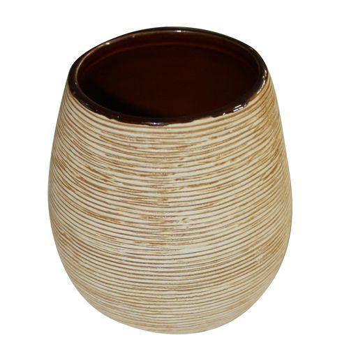 Стаканчик для ванной комнаты Duschy Bees Light351-01Оригинальный стаканчик Duschy Bees Light выполнен из керамики бежевого цвета, имеет рифленую поверхность. Стаканчик отличается легкостью и компактностью, при этом он устойчив. Такой стаканчик прекрасно подойдет для зубных щеток, пасты, расчесок и станет достойным дополнением интерьера ванной комнаты. Характеристики: Материал: керамика. Цвет: бежевый. Размер стаканчика: 9,5 см х 8 см х 8 см. Размер упаковки: 10 см х 9 см х 9 см. Артикул: 351-01.