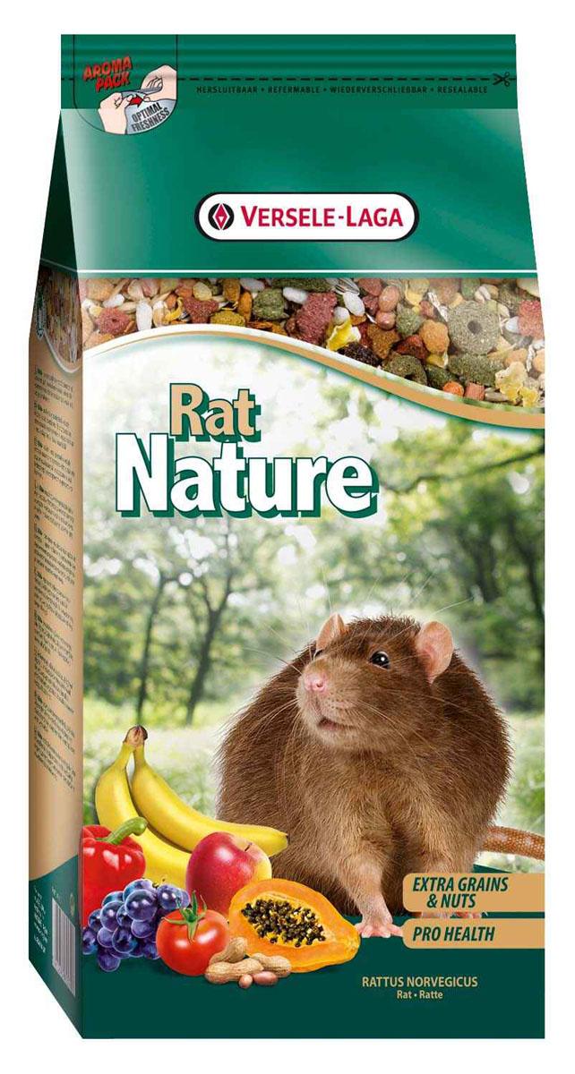 Корм для крыс Versele-Laga Rat Nature, 750 г461370Корм Versele-Laga Rat Nature - это полноценный основной корм для крыс, разработанный в соответствии с их пищевыми потребностями. Это высококачественная смесь природных компонентов, которая содержит все необходимые для организма питательные вещества, витамины, минералы и аминокислоты, необходимые для жизнерадостной и здоровой жизни вашего питомца. Rat Nature содержит дополнительное количество зерен, семян, орехов, фруктов, трав, овощей и добавок, важных для здоровья: обеспечивает превосходное пищеварение, гигиену полости рта, сияющую шерсть и великолепное здоровье. Широкое разнообразие ингредиентов гарантирует превосходный вкус и усвояемость. Указания к использованию Рекомендуемая дневная порция для крысы составляет приблизительно 15 грамм. Обеспечивайте вашему питомцу свежий корм и питьевую воду ежедневно. Состав: злаки, продукты растительного происхождения, экстракты растительного белка, семена, овощи, орехи, семена, фрукты, масла и...