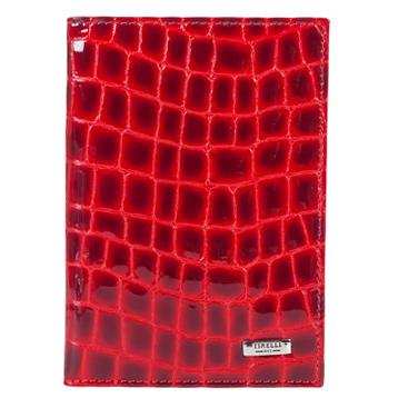 Бумажник водителя Tirelli Санта Моника, цвет: красный. 15-305-1315-305-13Бумажник водителя Tirelli Мелоди изготовлен из натуральной лаковой кожи красного цвета с декоративным тиснением под крокодила. Внутри содержится съемный блок из 6 прозрачных пластиковых файлов разного размера для автодокументов. С внутренней стороны обложки имеется 4 прорезных кармашка для пластиковых карт и 2 потайных кармашка. Стильный бумажник не только защитит ваши документы, но и станет стильным аксессуаром, подчеркивающим ваш образ. Изделие упаковано в подарочную коробку синего цвета с логотипом фирмы Tirelli.
