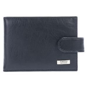 Футляр для карточек Tirelli Классик, цвет: черный. 15-316-0715-316-07Футляр для карточек Tirelli Классик изготовлен из натуральной кожи черного цвета с матовой текстурой. Закрывается футляр при помощи хлястика на кнопку. Внутри содержится блок из 10 прозрачных файлов на 18 пластиковых карт или визиток. Также имеется 4 дополнительных кармашка для пластиковых карт. Такой футляр не только поможет держать в одном месте все пластиковые карты, но и стильно дополнит ваш яркий образ. Футляр упакован в подарочную коробку синего цвета с логотипом фирмы Tirelli. Характеристики: Материал: натуральная кожа, пластик, металл. Цвет: черный. Размер футляра: 10,5 см х 7,5 см х 1,5 см. Количество листов: 10 шт. Размер упаковки: 13,5 см х 9 см х 2,5 см. Артикул: 15-316-07.