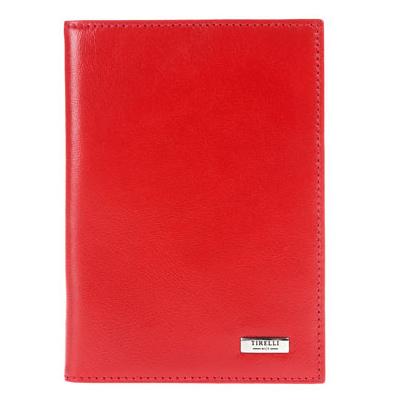 Обложка для паспорта Tirelli Классик, с кожаными карманами, цвет: красный. 15-317-0615-317-06Обложка для паспорта Tirelli Классик изготовлена из натуральной кожи красного цвета с матовой текстурой. Внутри два вертикальных кожаных кармана. Такая обложка не только поможет сохранить внешний вид ваших документов и защитит их от повреждений, но и станет ярким аксессуаром, который подчеркнет ваш образ. Изделие упаковано в подарочную коробку синего цвета с логотипом фирмы Tirelli. Характеристики: Материал: натуральная кожа, текстиль. Цвет: красный. Размер обложки (в сложенном виде): 13,5 см х 9,5 см. Размер упаковки: 15,5 см х 11,5 см х 2,5 см. Артикул: 15-317-06.