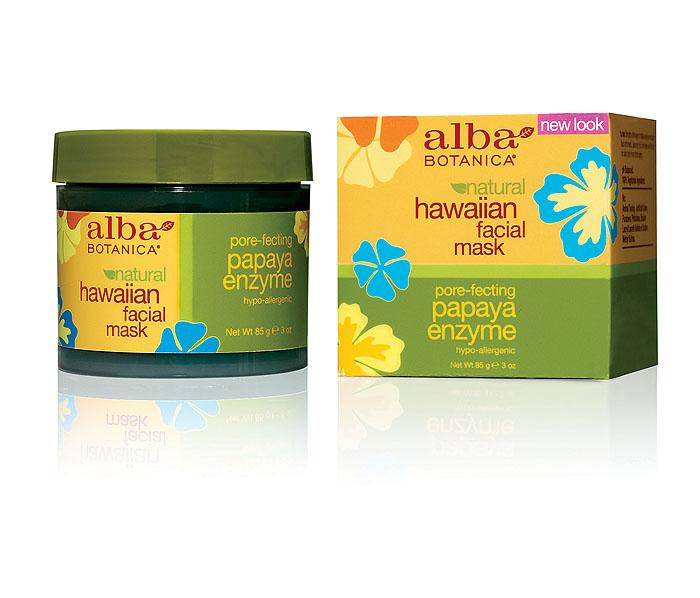Alba Botanica Энзимная маска с ферментами папайи, 85 гAL00810Гелевая маска Alba Botanica подходит для всех типов кожи. Идеально подобранные растительные масла и экстракты, не нарушая рН баланса, не разрушая клеточные мембраны, растворяют сухой обезвоженный слой ороговевших клеток, повышая регенерацию кожи. Маска увлажняет, омолаживает, придает эластичность и сияние стрессовой коже. Способ применения : 1-2 раза в неделю наносить на сухую, чистую кожу плотным слоем на 5-7мин. Наносить на всю кожу лица кроме области губ и глаз. Характеристики: Вес: 85 г. Артикул: AL00810. Производитель: США. Товар сертифицирован. Состав: вода, сок алое вера, глицерин,альгин,экстракт папайи, полисорбат 20, экстракт ананаса, экстракт ванили, экстракт имбиря, пантенол, ксантовая камедь, бензил алкохол, феноксиэтанол, лимонене, хлорофилл-медный комплекс.