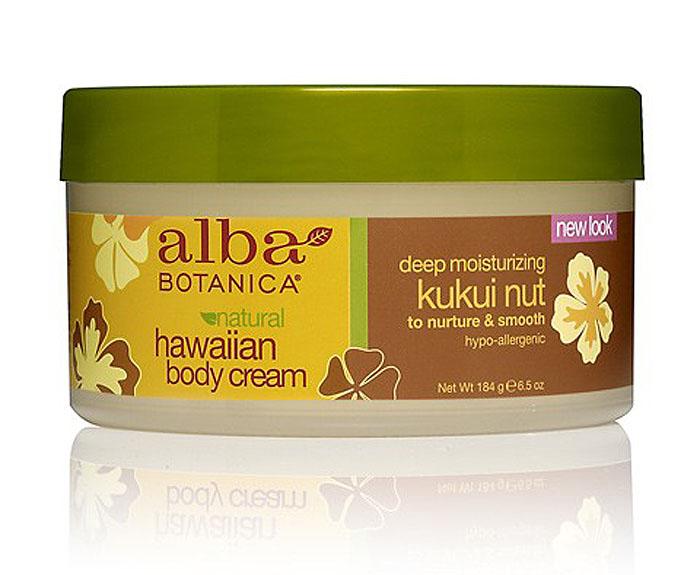 Alba Botanica Гавайский натуральный глубоко увлажняющий крем для тела, с маслом кукуи, 184 гAL00824Не отказывайте себе в удовольствии, побалуйте свою кожу щедрым ванильно-ореховым великолепием сливочного крема Alba Botanica. Необыкновенные по своим свойствам увлажнители - масла кукуя, карите и макадамии содержащие самую высокую концентрацию незаменимых для функционирования кожи жирных кислот, мгновенно смягчают обезвоженные, огрубевшие участки. Восполняя дефицит липидов, значительно предотвращают потерю влаги и повышают эластичность кожи на максимально длительный срок.