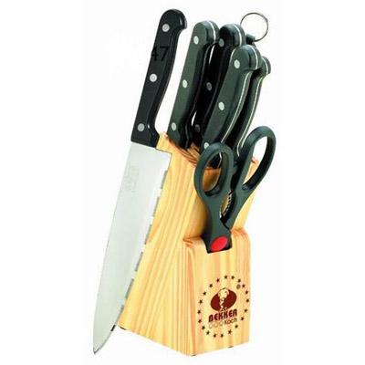 Набор кухонных ножей Bekker BK-147, 8 предметовBK-147Набор кухонных ножей Bekker, изготовленных из нержавеющей стали, поможет вам в приготовлении любого блюда. Набор состоит из поварского ножа, ножа для хлеба, разделочного ножа, универсального ножа, ножа для очистки и ножниц. Высоколегированная сталь надолго сохранит ваши ножи острыми. Благодаря эргономичному дизайну ручки, ножами удобно пользоваться. Ножи компактно хранятся в стильной подставке из высококачественной древесины. Набор кухонных ножей Bekker станет незаменимым помощником и идеальным украшением любой кухни.