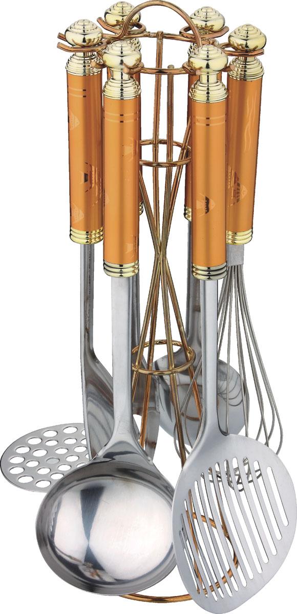 Набор кухонный Bekker BK-401, 7 предметовBK-401Набор кухонных аксессуаров Bekker станет незаменимым помощником на кухне, поскольку в набор входят самые необходимые кухонные аксессуары: картофелемялка, ложка, половник, вилка, шумовка, венчик. Все предметы набора хранятся в элегантной настольной подставке. Весь набор выполнен из нержавеющей стали и пластика. Сталь с таким сплавом широко используется во всем мире. Изделия из нержавеющей стали исключительно прочны, гигиеничны, не подвержены коррозии и химически устойчивы по отношению к органическим кислотам, солям и щелочам. Такой набор понравится любой хозяйке и будет отличным помощником на кухне. Характеристики: Материал: нержавеющая сталь, пластик. Размер подставки: 35 см х 11 см х 11 см. Длина картофелемялки: 29 см. Длина ложки: 32 см. Длина половника: 31 см. Длина шумовки: 34 см. Длина вилки для мяса: 33 см. Длина венчика: 29 см. Размер упаковки: 38 см х 13 см х 13 см. Артикул: BK-401.