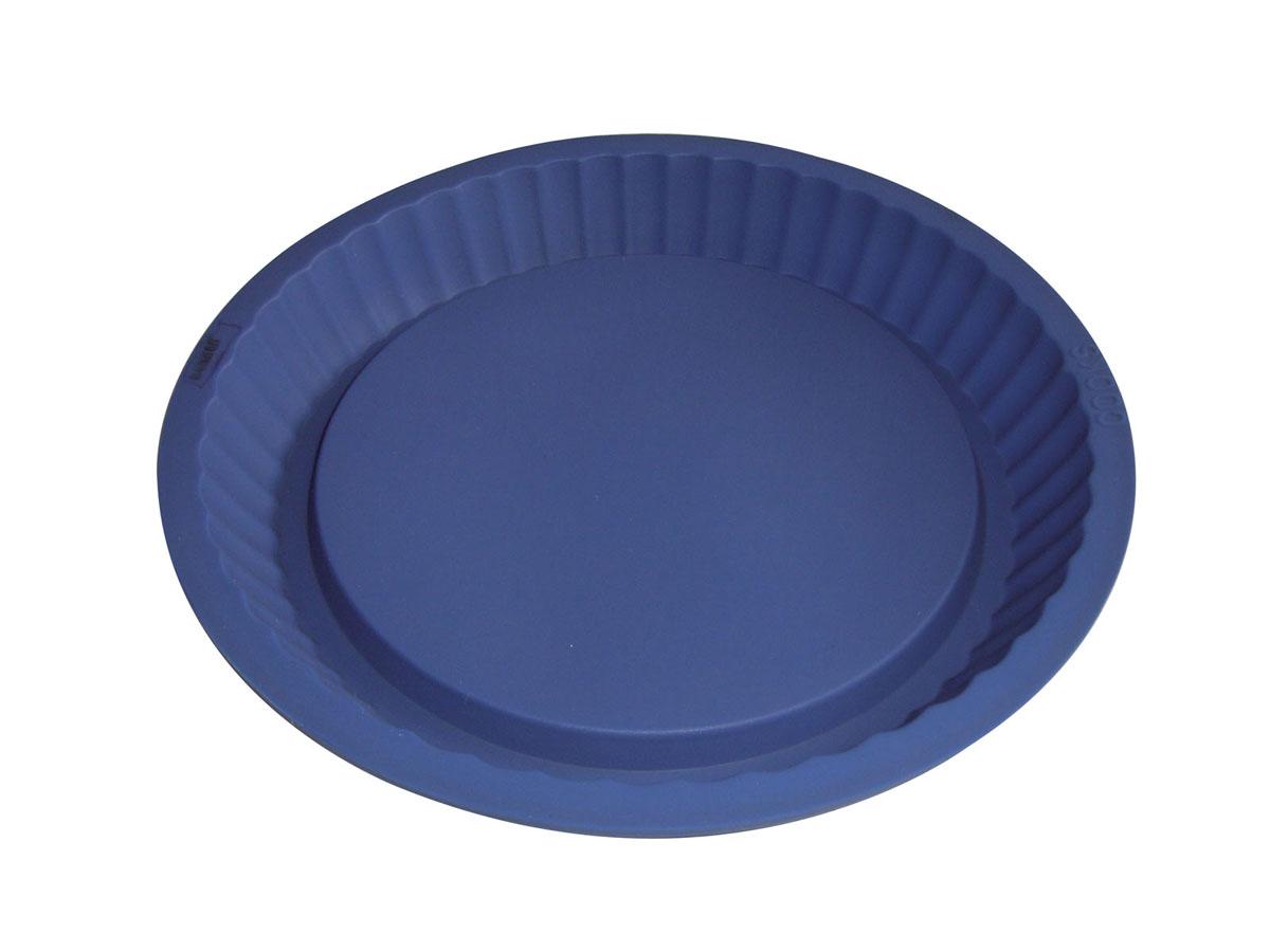 Форма для выпечки Bekker Круг, низкая, цвет: синий, диаметр 27 смBK-9402Форма для выпечки Bekker Круг изготовлена из силикона синего цвета - материала, который выдерживает температура от -40°С до +230°С. Изделия из силикона очень удобны в использовании: пища в них не пригорает и не прилипает к стенкам, легко моется. Приготовленное блюдо можно очень просто вытащить, просто перевернув форму, при этом внешний вид блюда не нарушится. Изделие обладает эластичными свойствами: складывается без изломов, восстанавливает свою первоначальную форму. Подходит для приготовления в микроволновой печи и духовом шкафу при нагревании до +230°С; для замораживания до -40°С и чистки в посудомоечной машине. Рекомендации по использованию: - не помещайте форму непосредственно на источник тепла (открытый огонь, гриль), - не используйте нож для резки продуктов в форме, - не используйте CRISP функцию при приготовлении в микроволновой печи, - не используйте для чистки абразивные средства, скребки и щетки. Характеристики: Материал:...