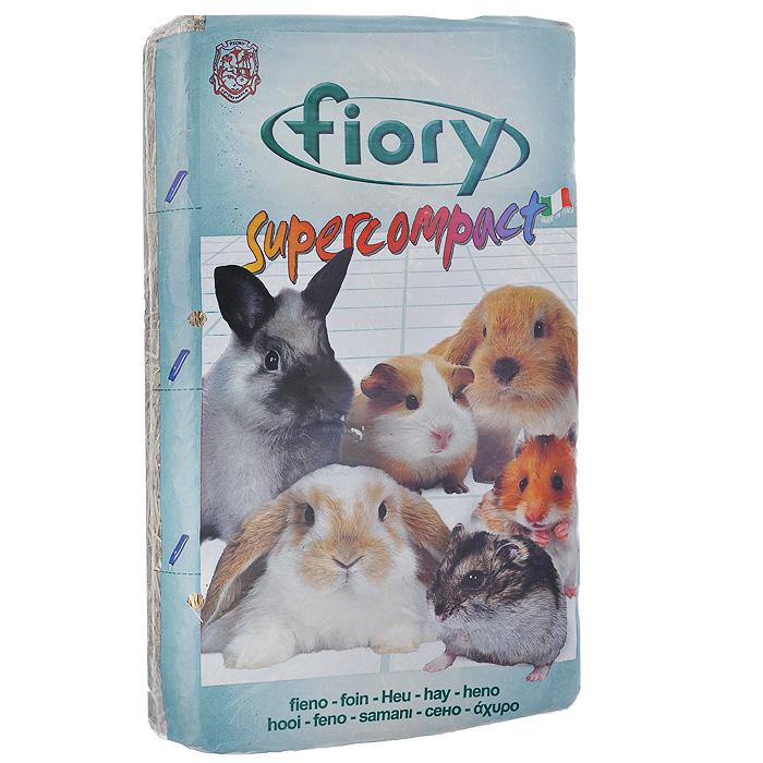 Сено для грызунов Fiory Supercompact, 1 кг06Сено для грызунов Fiory Supercompact, высушенное до оптимального уровня, богато лекарственными травами и пищевыми волокнами. Компактно упаковано и не занимает много места. Удобно в использовании, так как разрезано на 4 порции. Вес: 1 кг. Товар сертифицирован.