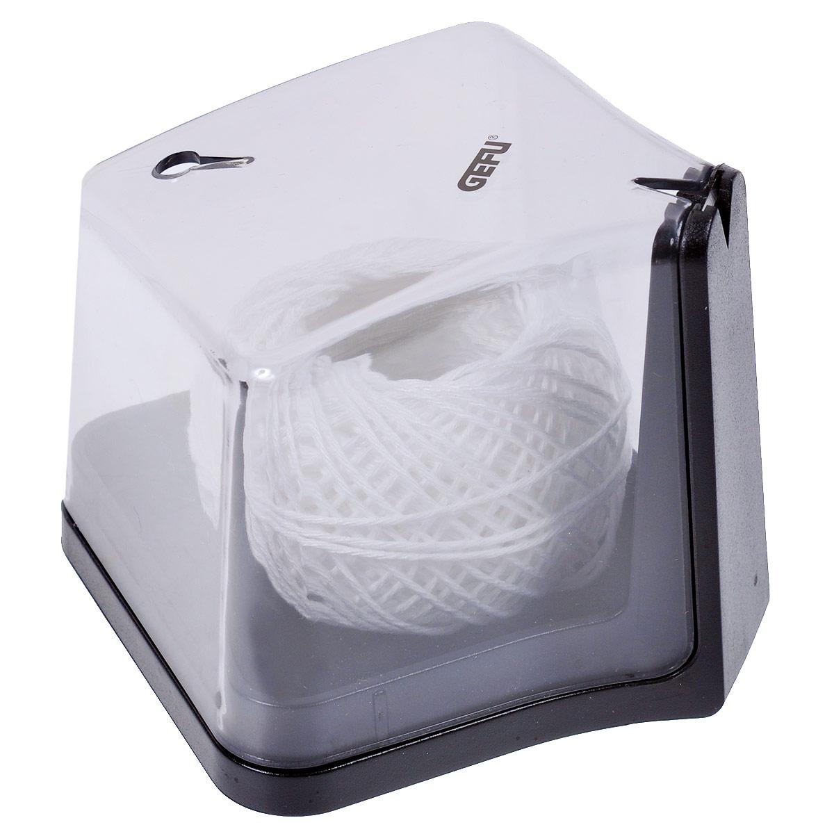 Диспенсер для пищевой нити Gefu12920Диспенсер с контейнером для гигиенического хранения пищевой нити, сохранит нить от загрязнения и микробов. Диспенсер выполнен из прочного пластика черного цвета с устойчивым дном. Просто вытяните из диспансера нить требуемой длины и обрежьте ее при помощи встроенного лезвия. Специальный зажим на крышке фиксирует конец нити, что упрощает последующее ее использование. Характеристики: Материал: высококачественный пластик, нержавеющая сталь. Размер диспенсера: 8,5 см х 8,5 см х 8. Длина нити: 25 м. Цвет: серебристый, черный. Артикул: 12920.