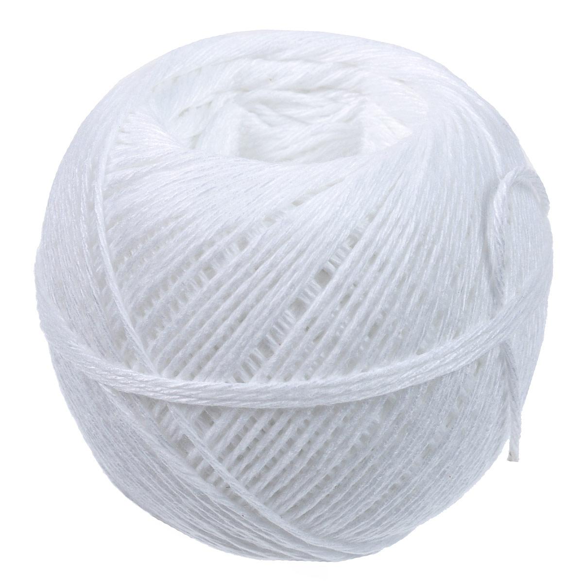 Пищевая нить Gefu, цвет: белый, 100 м12895Пищевая нить Gefu, изготовленная из высококачественного хлопка, применяется для приготовления мясных рулетов, дичи и других блюд. Ее удобно использовать вместе с диспенсером для пищевой нити. Длина нити: 100 м. Размер клубка: 6 х 5,5 х 5 см. Максимальная температура использования нити: 175 С.
