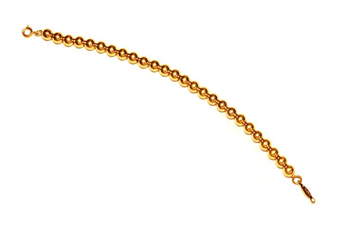 Браслет Конти от Monet. Бижутерный сплав золотого тона. США, 1970-е годыa5743950Браслет Конти от Monet. Бижутерный сплав золотого тона. США, 1970-е годы. Длина браслета 16 cм. Ширина браслета 0,5 см. Сохранность очень хорошая. На обороте стоит клеймо Monet.