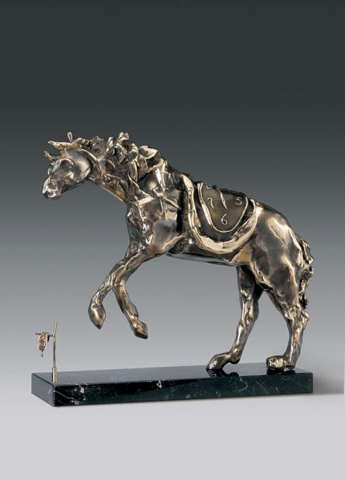 Скульптура Лошадь под седлом времени. Сальвадор Дали. Коллекция Arteus. Бронза, 1980 год64581Идеально для представительского подарка высокопоставленному лицу! Бронзовая композиция Лошадь под седлом времени из коллекции Arteus станет роскошным подарком поклоннику сюрреализма и творчества Сальвадора Дали! Скульптура была создана Сальвадором Дали в 1980 году. Образ лошади - один из самых знаменитых Далинианских образов. Глубоко философский образ лошади под седлом времени наполнен экспрессией и вечным безостановочным движением. Скульптура Лошадь под седлом времени (Horse Saddled with Time). Сальвадор Дали. Бронза. Perseo, Швейцария. Размер 44 см. Техника: литье по выплавляемым восковым моделям. Тираж 350 экземпляров. На скульптуре имеется клеймо с указанием уникального номера представленного изделия из общего количества выпущенных экземпляров. Порядковый номер экземпляра может отличаться от указанного на фото. Коллекция Arteus. Литейная мастерская Perseo, Швейцария. Скульптуру сопровождает сертификат...