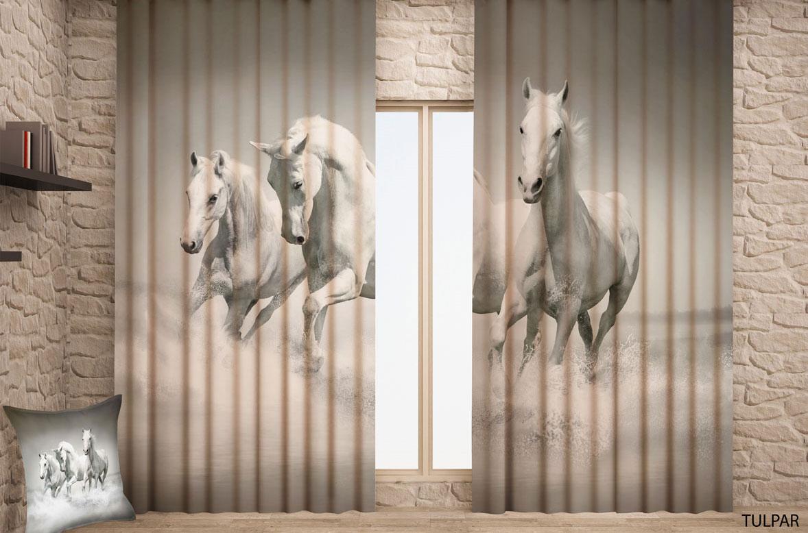 Штора готовая с цифровой печатью Garden Лошади, на ленте, 150 х 270 см, 2 шт. 0099CW678(W1223) 145x270 2шт. V99Штора готовая Garden, включает в себя две шторы с цифровой печатью в виде бегущих лошадей. Шторы изготовлены из полиэстера с гладкой блестящей лицевой поверхностью. Лицевая сторона гладкая с легким блеском, изнаночная матовая. Оригинальный дизайн и цветовая гамма украсят любое окно и привлекут к себе внимание, необычным дизайном. Шторы крепятся на карниз при помощи вшитой шторной ленты, которая поможет красиво и равномерно задрапировать верх.