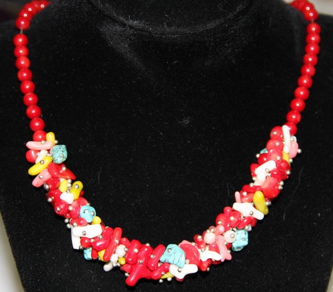 ����� Fashion House, ����: �������. FH30940 - Fashion HouseFH30940�������� ����� �� ������� ����������� �� ���� ������������ ������ � ��������� ���������. ����� ������������ ����� ������ �������� ����� �� ��������� �� ������� ������ ��������, �������, ������. ����� ����� �������� ��������-�������. ����� ��������� �������� ��� � ��������� ��������� ����� ������ �������� � ������� �����������, ������������ �����.