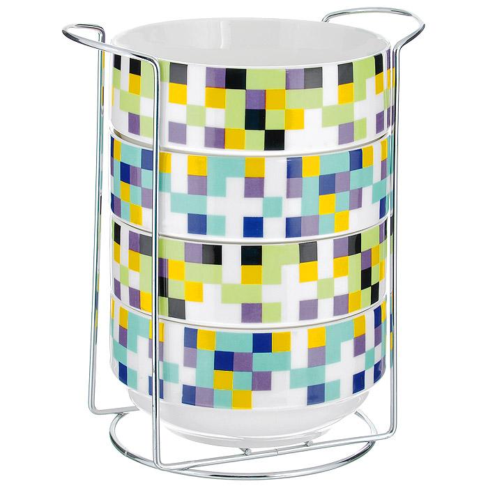 Набор салатников Wellberg Matrix, 5 предметов. 42103WB42103WBНабор Wellberg Matrix включает в себя четыре салатника, выполненных из высококачественного фарфора. Салатники декорированы изображением цветных квадратиков. Салатники компактно размещаются на подставке из хромированного металла. Красочность оформления набора придется по вкусу и ценителям классики, и тем, кто предпочитает утонченность и изысканность. Салатники являются экологически безопасными, так как не содержат кадмия и свинца. Салатники можно использовать в микроволновой печи и холодильнике, а также мыть в посудомоечной машине.