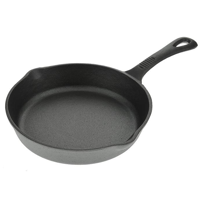 Сковорода чугунная Vitesse Libby. Диаметр 20 смVS-1174Сковорода Vitesse Libby изготовлена из чугуна. Высокая теплоемкость чугуна позволяет ему сильно нагреваться и медленно остывать, а это в свою очередь обеспечивает равномерное приготовление продуктов. Пища, приготовленная в чугунной посуде, сохраняет свои вкусовые качества, и благодаря экологической чистоте материала, не может нанести вред здоровью человека. Также чугунная сковорода обладает высокой прочностью и износоустойчивостью. Для более удобного использования сковорода оснащена эргономичной ручкой. Сковорода Vitesse Libby подходит для использования: в духовке, на газовой, электрической, индукционной, галогеновой плитах. Не рекомендуется мыть в посудомоечной машине.
