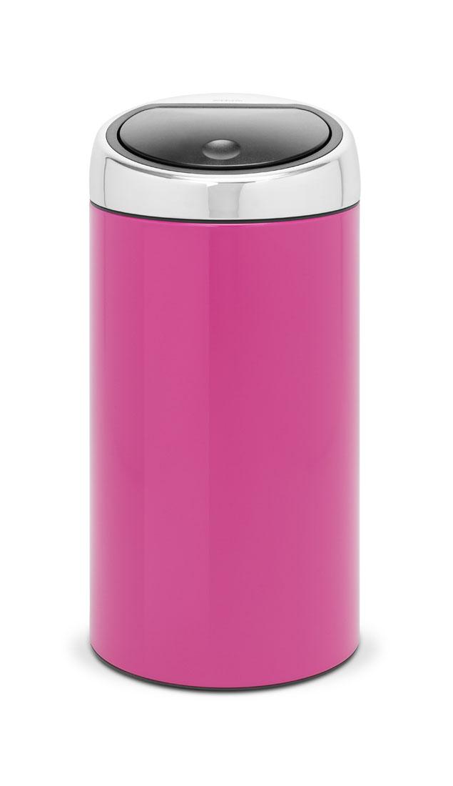 Мусорный бак Brabantia Touch Bin, цвет: розовый, 45 л481963Подыскиваете удобный бак для мусора большой вместимости? Элегантный и функциональный Touch Bin на 45 литров станет вашим незаменим помощником в больших делах! Бесшумное открывание/закрывание крышки легким касанием - система soft touch; Удобная смена мешков для мусора - съемный блок крышки из нержавеющей стали; Удобная очистка – съемное внутреннее ведро из пластика с вентиляционными отверстиями, предотвращающими образование вакуума при вынимании полного мусорного мешка; Легкое перемещение с места на место - прочная ручка для переноски; Предохранение пола от повреждений - пластиковый защитный обод; Бак изготовлен из коррозионно-стойких материалов – долговечность и удобство в очистке; Всегда опрятный вид - идеально подходящие по размеру мешки для мусора с завязками (размер L); 10-летняя гарантия Brabantia.