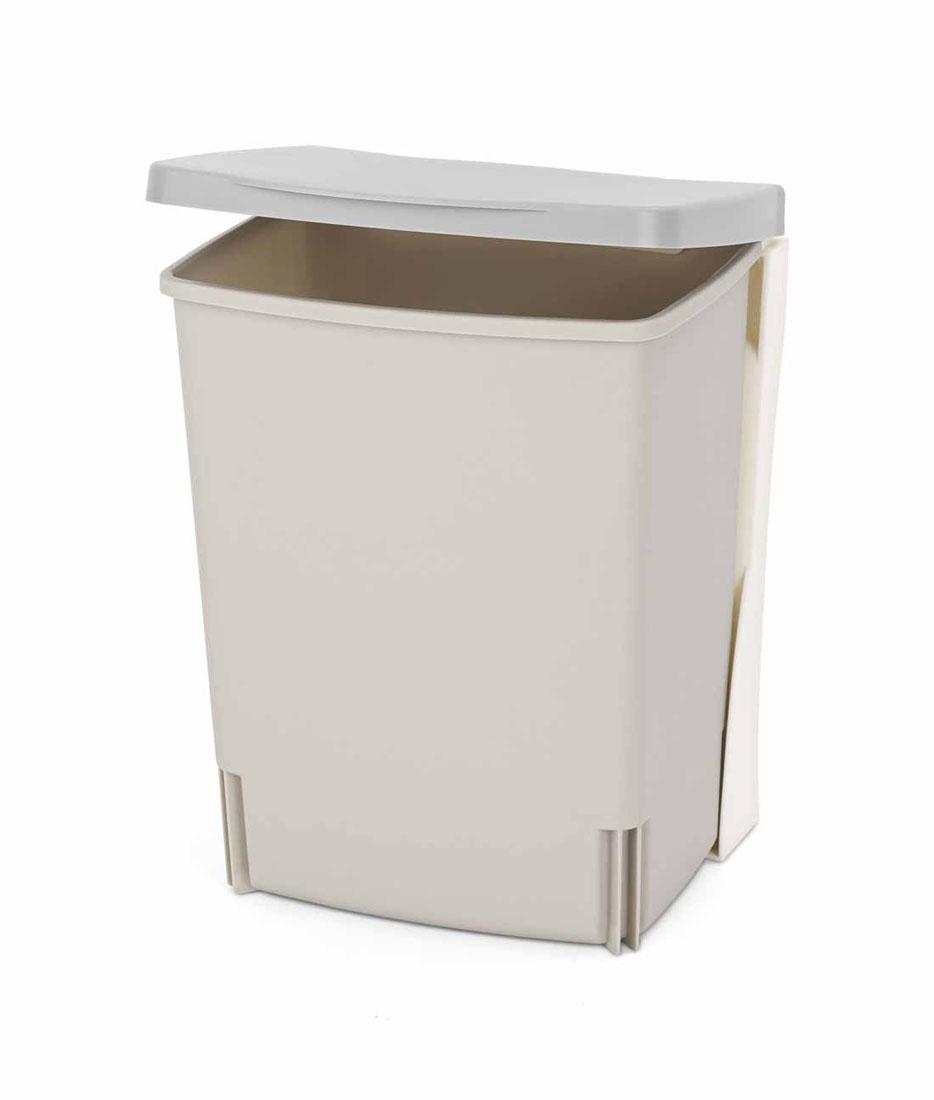 Ведро для мусора Brabantia, встраиваемое, цвет: серый, 10 л482281Встраиваемое ведро для мусора Brabantia, выполненное из прочного пластика, обеспечит долгий срок службы и легкую чистку. Ведро поможет вам держать мелкий мусор в порядке и предотвратит распространение неприятного запаха. Откидная пластиковая крышка открывается и закрывается бесшумно и плотно прилегает к ведру. Ведро предназначено для подвешивания на стену (крепежные элементы входят в комплект).