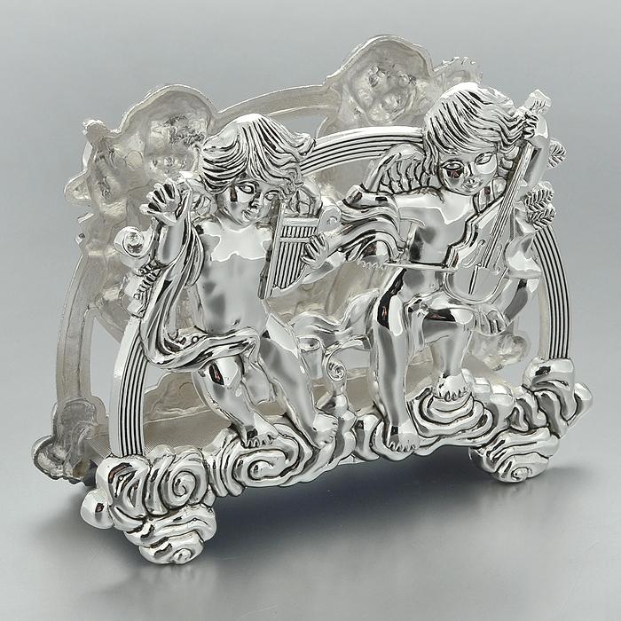Салфетница Marquis Ангелы. 3050-MR3050-MRСалфетница Marquis Ангелы, выполненная из стали с серебряно-никелевым покрытием, украшена оригинальным орнаментом в виде двух ангелочков. Для большей устойчивости на нижней части изделия имеются ножки. Такая салфетница прекрасно подойдет для вашей кухни и великолепно украсит стол. Салфетница станет отличным подарком для друзей и близких. Характеристики: Материал: сталь с серебряно-никелевым покрытием. Цвет: серебристый. Размер салфетницы: 16 см х 6 см х 12,5 см. Размер упаковки: 17 см х 6 см х 12,5 см. Артикул: 3050-MR.