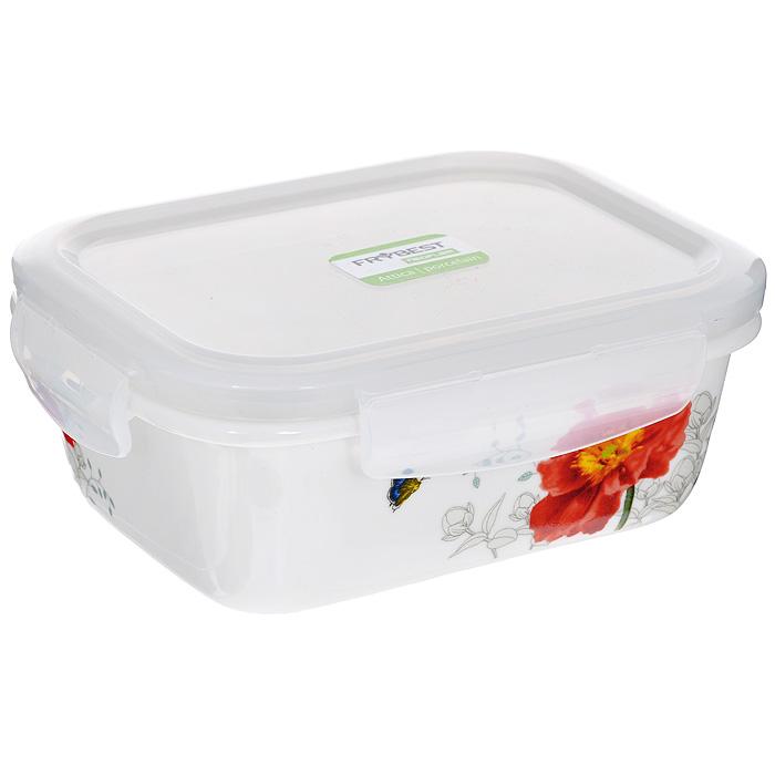 Контейнер для продуктов Frybest фарфоровый, прямоугольный, 370 млMAK-037Прямоугольный контейнер для продуктов Frybest выполнен из высококачественного фарфора белого цвета и украшен цветочным рисунком. Контейнер оснащен удобной крышкой из прозрачного пластика, которая плотно закрывается на 4 защелки. Основные преимущества: - экологичность (не содержит вредных и ядовитых материалов); - герметичность (превосходная герметичность позволяет сохранить свежесть продуктов); - чистота и гигиеничность (цвет материала не блекнет со временем, покрытие не впитывает запах); - утонченный европейский дизайн (прекрасное украшение стола); - удобство использования (подходит для мытья в посудомоечной машине, хранения в холодильной и морозильной камере).