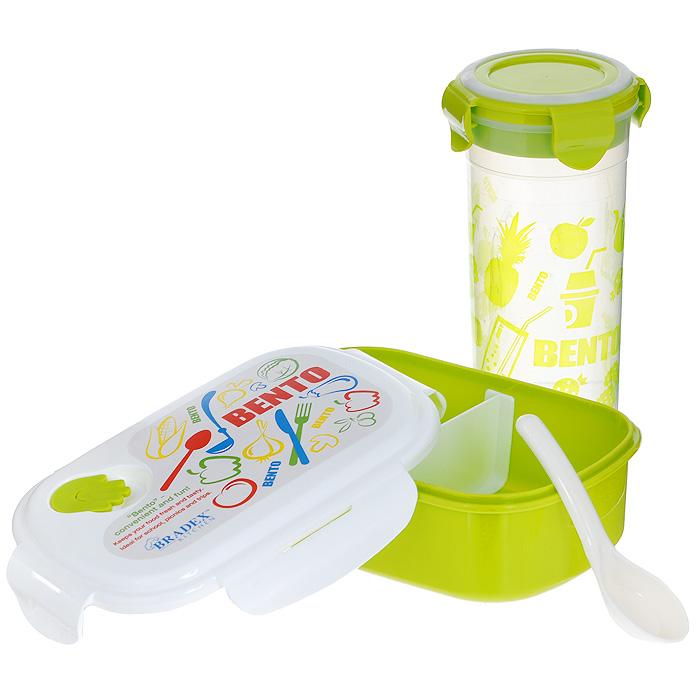 Набор детский Bradex Bento Kids, 2 предмета. TK 0051TK 0051Детский набор Bradex Bento Kids состоит из ланч-бокса и стакана, что делает его идеальным комплектом для школьников. Двухсекционный ланч-бокс предназначен для завтраков, обедов, полдников, печенья, фруктов, орехов и прочих закусок, а высокий стакан с крышкой - для сока, чая и других напитков. Ланч-бокс и стакан имеют герметичную конструкцию, благодаря чему из них ничего не прольется. Оба предмета из набора пригодны для мытья в посудомоечной машине, а ланч-бокс можно разогревать в микроволновой печи. В комплекте имеется ложечка. Bento Kids понравится ребенку своей красочной расцветкой, а родители по достоинству оценят его практичность, многофункциональность и легкий уход. Характеристики: Материал: АБС-пластик. Цвет: белый, зеленый. Объем ланч-бокса: 500 мл. Размер ланч-бокса (без учета крышки): 18,5 см х 12,5 см х 5,5 см. Объем стакана: 600 мл. Диаметр стакана: 8 см. Высота стакана: 18 см. Длина ложки: 12 см. Размер упаковки: 20,5 см...