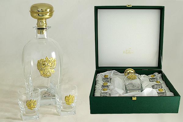 Набор для водки: штоф и 6 стопок Россия (золото)GA6963ALМатериал: Стекло. Цвет: серебряный. Серия: Изделия из стекла с металлом.