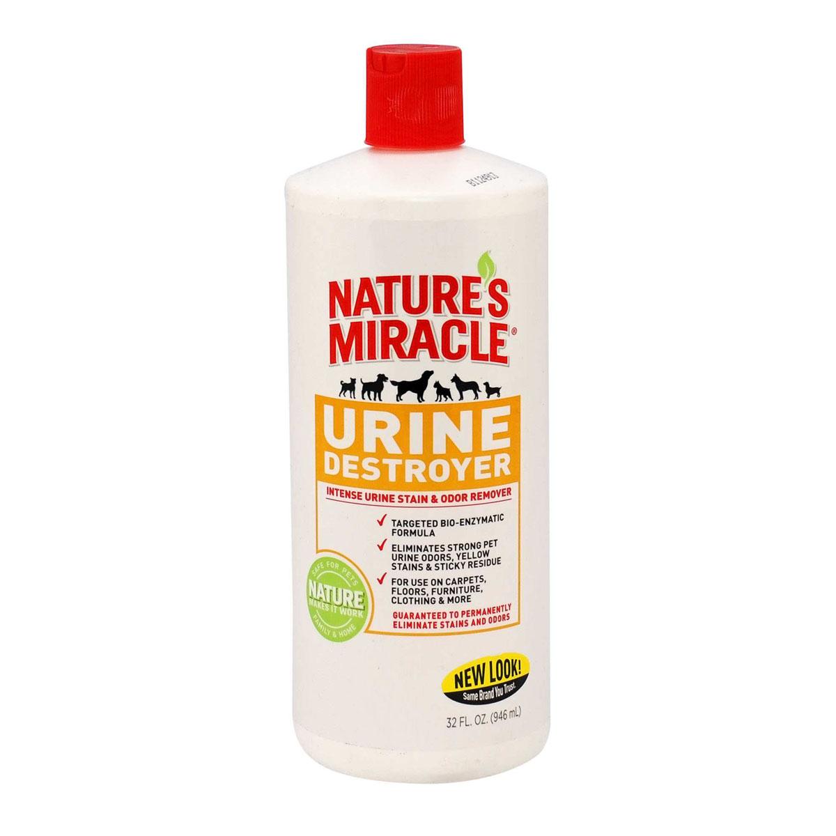 Уничтожитель запаха, пятен и осадка от мочи собак Natures Miracle, 945 мл5057273Уничтожитель пятен и запахов мочи Natures Miracle специально разработан для устранения стойких пятен и запахов от мочи вашего питомца с ковров, твердых поверхностей, тканей, переносок и т. п. Благодаря использованию передовых технологий, включая нашу био-энзимную формулу, обогащенную активным кислородом, Уничтожитель пятен и запахов мочи Nature's Miracle наиболее эффективно справляется с такого рода загрязнениями. Кроме того, средство содержит технологию контроля запахов двойного действия, удаляющую запах мочи для предупреждения повторных меток, и оставляющую после себя приятный аромат. Способ применения: Внимание! Перед использованием протестируйте поверхность на цветоустойчивость на незаметном участке. Нанесите средство, подождите 5 минут и вытрите поверхность тканью. Если область изменила цвет, не применяйте это средство. Выведение пятен и удаление запахов: 1) Вытрите пятно, насколько это возможно, затем полностью замочите его в средстве. ...