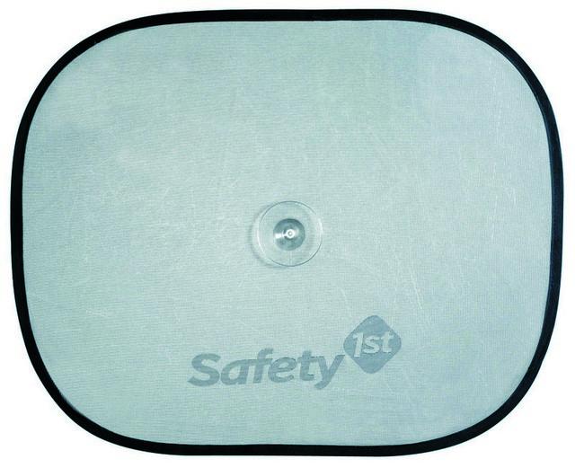 Шторка солнцезащитная Safety, 2 шт38044760Комплект из двух солнцезащитных шторок для автомобильных окон Safety предохраняет от прямых солнечных лучей. Шторка представляет собой сетчатое полотно, которое на присоске присоединяется к стеклу автомобиля.