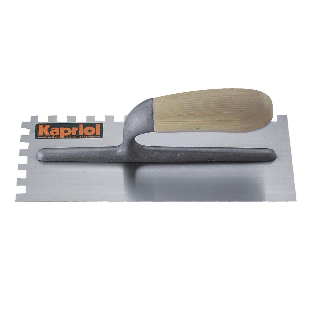Гладилка зубчатая Kapriol, с деревянной ручкой, зуб 10 мм, 12 х 28 см23022Гладилка зубчатая Kapriol с деревянной ручкой используется для нанесения и распределения различных растворов по стенам, полу и потолку; кроме этого, с её помощью сглаживаются швы и большие неровности. Особенности гладилки: Полотно из закаленной стали; Рукоятка отлита из алюминия для снижения веса; Рукоятка соединена с полотном с помощью ультразвуковой сварки; Деревянная ручка с антискользящим покрытием;