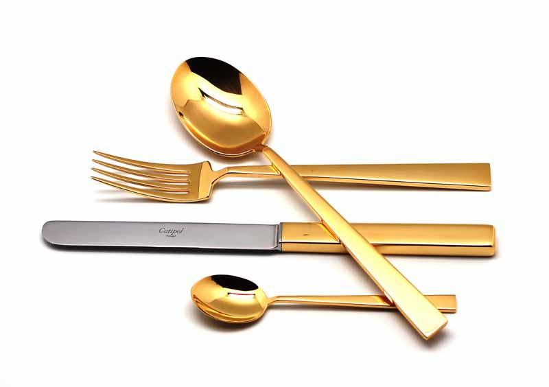 Набор столовых приборов Cutipol Bauhaus Gold, 24 предмета. 932193219321 BAUHAUS GOLD Набор 24 пр. Характеристики: Материал: сталь. Размер: 405*295*65мм. Артикул: 9321.