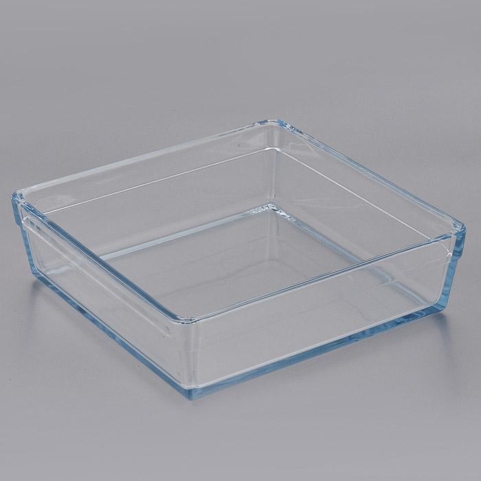 Форма для СВЧ Pasabahce Borcam Premium, квадратная, 22,7 см х 22,7 см. 5930459304Квадратная форма для СВЧ Pasabahce Borcam Premium выполнена из жаропрочного стекла. Стекло - самый безопасный для здоровья материал. Посуда из стекла не вступает в реакцию с готовящейся пищей, а потому не выделяет никаких вредных веществ, не подвергается воздействию кислот и солей. Из-за невысокой теплопроводности пища в ней гораздо медленнее остывает. Стеклянная посуда очень удобна для приготовления и подачи самых разнообразных блюд: супов, вторых блюд, десертов. Благодаря прозрачности стекла, за едой можно наблюдать при ее готовке, еду можно видеть при подаче, хранении. Используя такую посуду, вы можете как приготовить пищу, так и изящно подать ее к столу, не меняя посуды. Благодаря гладкой идеально ровной поверхности посуда легко моется. Можно использовать в духовках, микроволновых печах и морозильных камерах (выдерживает температуру от - 30°C до 300°C). Можно мыть в посудомоечной машине.