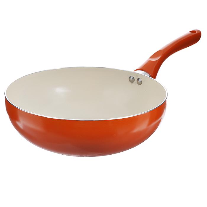 Сковорода-вок Mayer & Boch, с керамическим покрытием, цвет: оранжевый. Диаметр 26 см22268 оранжевыйСковорода Вок Mayer & Boch изготовлена из алюминия с высококачественным антипригарным керамическим покрытием. Керамика не содержит вредных примесей ПФОК, что способствует здоровому и экологичному приготовлению пищи. Кроме того, с таким покрытием пища не пригорает и не прилипает к стенкам, поэтому можно готовить с минимальным добавлением масла и жиров. Гладкая, идеально ровная поверхность сковороды легко чистится, ее можно мыть в воде руками или вытирать полотенцем. Внешнее жаростойкое покрытие - оранжевого цвета. Эргономичная ручка специального дизайна выполнена из бакелита оранжевого цвета, удобна в эксплуатации. Сковорода подходит для использования на газовых и электрических плитах. Также изделие можно мыть в посудомоечной машине.