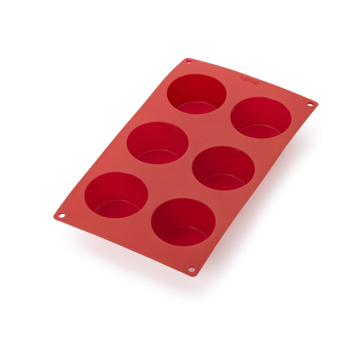 Форма для выпечки Lekue Маффины, цвет: красный. 0620806R01M0220620806R01M022Форма для выпечки Lekue Маффины поможет вам получить профессиональные и красивые изделия в домашних условиях. Форма обладает антипригарными свойствами, ее легко использовать, мыть и хранить. Отделять готовые изделия от формочек несложно, при этом не надо смазывать их жиром или маслом. Характеристики: Материал: силикон. Цвет: красный. Размер формы: 30 см х 17 см х 6,5 см. Размер ячейки: 6,5 см х 4 см х 6,5 см.