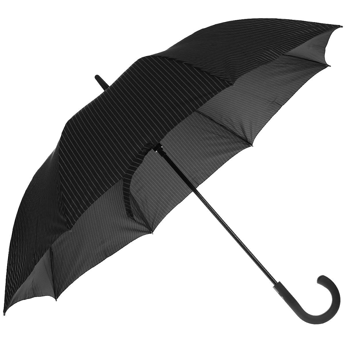 Зонт-трость мужской Knights bridge, полуавтомат, цвет: черныйG451 2F2162Стильный зонт-трость Knights bridge даже в ненастную погоду позволит вам оставаться элегантным. Облегченный каркас зонта выполнен из 8 спиц из фибергласса. Купол зонта выполнен из прочного полиэстера и оформлен принтом в полоску. Рукоятка закругленной формы разработана с учетом требований эргономики и выполнена из прорезиненного пластика. Зонт имеет полуавтоматический тип сложения: купол открывается нажатием кнопки и закрывается вручную до характерного щелчка. Такой зонт не только надежно защитит вас от дождя, но и станет стильным аксессуаром.