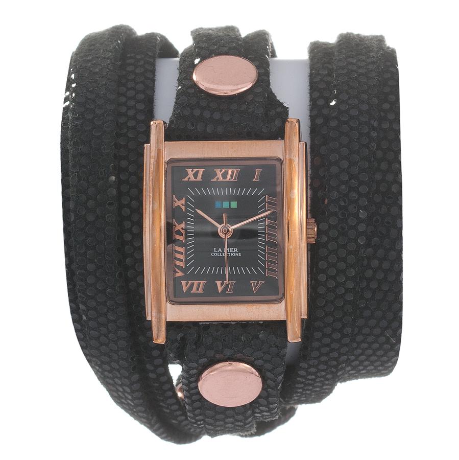 Часы наручные женские La Mer Collections Layer Sequin Black. LMLW7010LMLW7010Часы оснащены японским кварцевым механизмом. Корпус прямоугольной формы выполнен из нержавеющей стали золотистого цвета. Оригинальный кожаный ремешок черного цвета отделан металлическими клепками. Каждая модель женских наручных часов La Mer Collections имеет эксклюзивный дизайн, в основу которого положено необычное сочетание классических циферблатов с удлиненными кожаными ремешками. Оборачиваясь вокруг запястья несколько раз, они образуют эффект кожаного браслета, превращая часы в женственный аксессуар, который великолепно дополнит другие аксессуары и весь образ в целом. Дизайн La Mer Collections отвечает всем последним тенденциям моды и превосходно сочетается с модными сумками, ремнями, обувью и другими элементами гардероба современных девушек. Часы La Mer - это еще и отличный подарок любимой девушке, сестре или подруге на день рождения, восьмое марта или новый год!