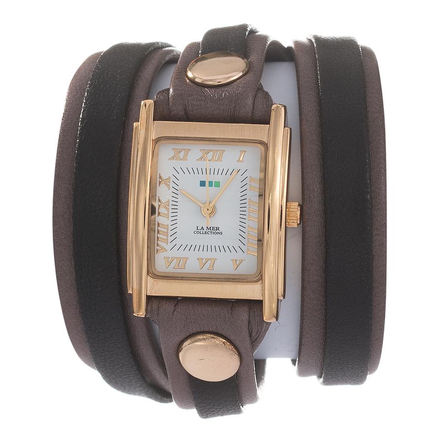 Часы женские наручные La Mer Collections Layer Mushroom Espresso. LMLW9005LMLW9005Женские наручные часы Layer Mushroom Espresso позволят вам выделиться из толпы и подчеркнуть свою индивидуальность. Часы оснащены японским кварцевым механизмом SEIKO. Ремешок, состоящий их двух слоев, выполнен из натуральной итальянской кожи с матовой поверхностью. Корпус часов изготовлен из сплава металлов золотистого цвета. Циферблат оснащен часовой, минутной и секундной стрелками и защищен минеральным стеклом. Циферблат оформлен римскими цифрами и отметками. Часы застегиваются на классическую застежку. Часы хранятся на специальной подушечке в футляре из искусственной кожи, крышка которого оформлена логотипом компании La Mer Collection.