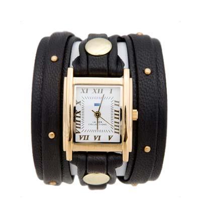 Часы наручные женские La Mer Collections Stud Black Gold Square. LMSW1001 - La Mer CollectionsLMSW1001Часы оснащены японским кварцевым механизмом. Корпус прямоугольной формы выполнен из нержавеющей стали золотистого цвета. Оригинальный кожаный ремешок черного цвета отделан металлическими клепками. Каждая модель женских наручных часов La Mer Collections имеет эксклюзивный дизайн, в основу которого положено необычное сочетание классических циферблатов с удлиненными кожаными ремешками. Оборачиваясь вокруг запястья несколько раз, они образуют эффект кожаного браслета, превращая часы в женственный аксессуар, который великолепно дополнит другие аксессуары и весь образ в целом. Дизайн La Mer Collections отвечает всем последним тенденциям моды и превосходно сочетается с модными сумками, ремнями, обувью и другими элементами гардероба современных девушек. Часы La Mer - это еще и отличный подарок любимой девушке, сестре или подруге на день рождения, восьмое марта или новый год!